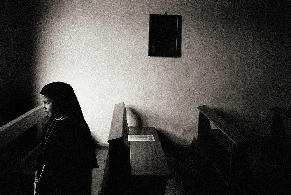 sicily image black and white